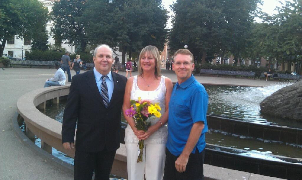 Wedding Officiant Gallery Image 10